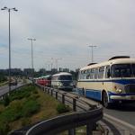 Tak wyglądała parada zabytkowych autobusów w Warszawie! [WIDEO]