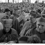 """List biskupów ze słowami """"przebaczamy i prosimy o przebaczenie"""" przyjedzie do Warszawy"""