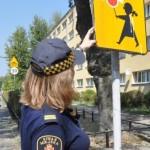 Bezpieczna droga do szkoły – straż miejska kontroluje otoczenie szkół