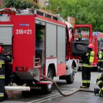 """Pożar budynku mieszkalnego na Pradze. """"Wysokie płomienie, duże zadymienie"""""""