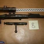 Policjanci CBŚP zabezpieczyli broń, amunicję i materiały wybuchowe,  zatrzymali 2 mężczyzn