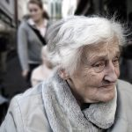 Piękna akcja charytatywna: zjedz obiad z seniorem