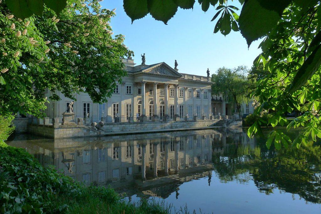 Pałac na Wodzie. Fot. Mariokol / Wikipedia