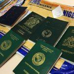 Kilka paszportów w książce, narkotyki i dziwna paczka. Akcja straży granicznej