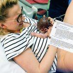 Mąż blogerki z Warszawy opublikował zdjęcie wykonane tuż po porodzie. Wpis wywołał lawinę komentarzy
