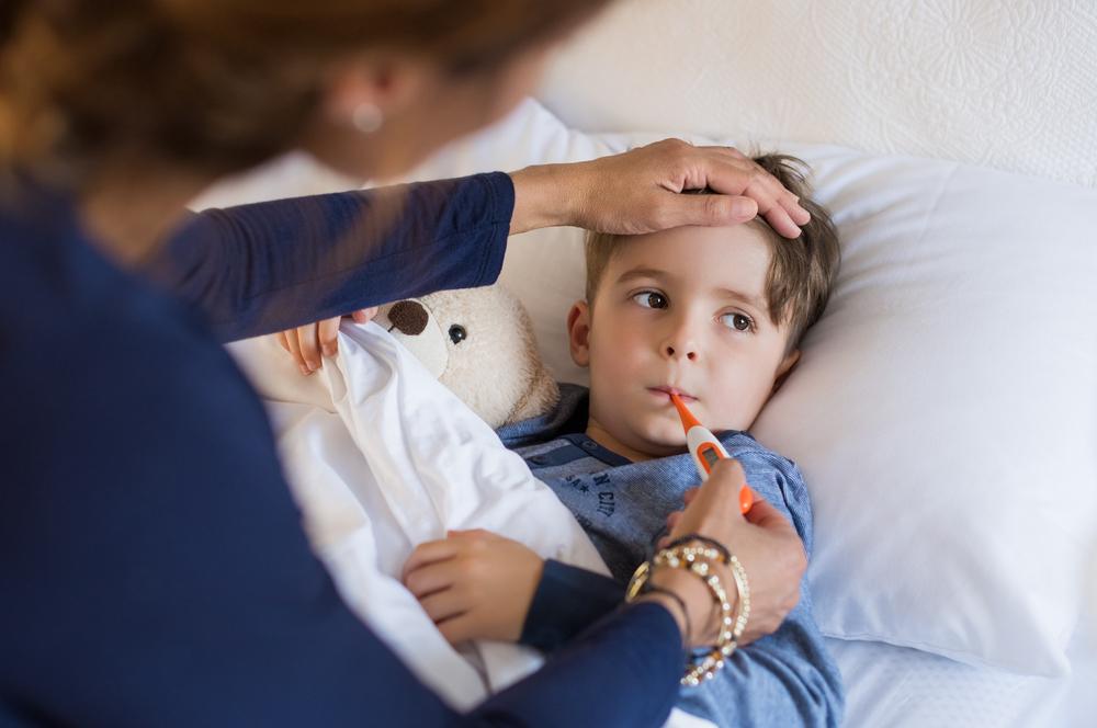 Dziecko, chore, goraczka